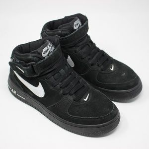 Nike Air Youth Black High Top Sneakers 5.5Y